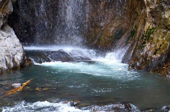 Lake Natron Tented Camp: Waterfall walk