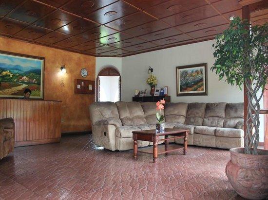 Hotel Rebequet: Lobby