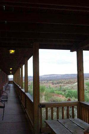 The Rim Rock Inn : View from corridor