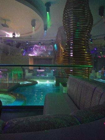 Hard Rock Hotel Riviera Maya: The nightclub early in the week (empty)