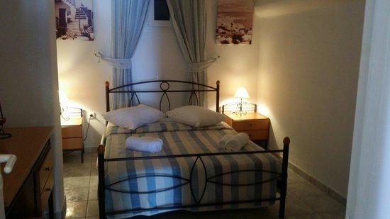 Mykonos star hotel junior suite bedroom