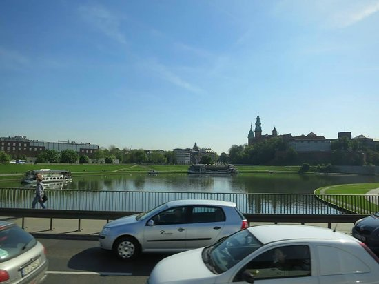 ibis Krakow Centrum : view of the Wisla Lake