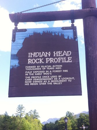 Indian Head Resort: Resort sign