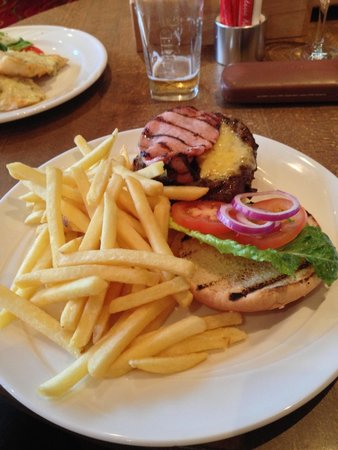 Marriott Forest of Arden Hotel & Country Club: Marriott Burger