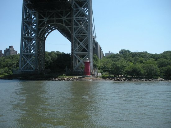 """AIA-NY Boat Tour: The """"Little Red Lighthouse"""""""
