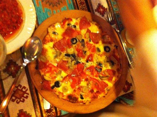 Cinarlar Pizza and Pide: 4 mevsim pizza