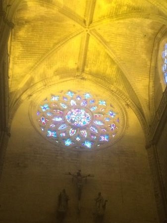Catedral de Sevilla: Stain Glass of Seville Cathedral