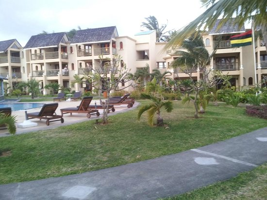 Jalsa Beach Hotel & Spa - Mauritius: Pool