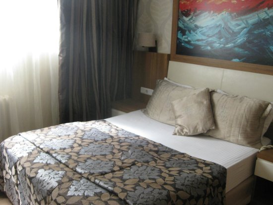 Hotel Baylan: Bed room