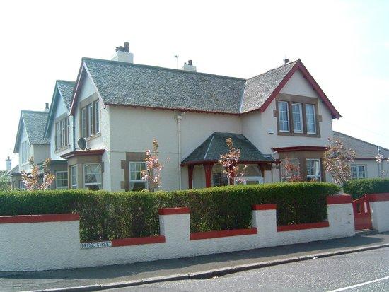 Claryson House Bed & Breakfast