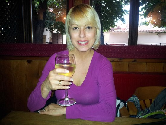Dačický restaurant : Me having a delicious Moscato Wine at Pivnice Dacicky