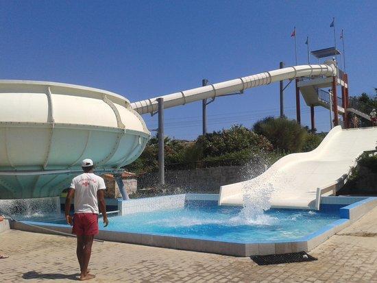 Lido Waterpark: toboggans