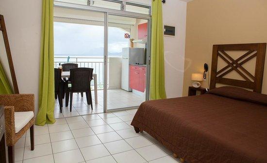 Hôtel Corail Residence: Kitchenette