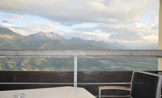 Dorint Blümlisalp Beatenberg/Interlaken: terraza habitación