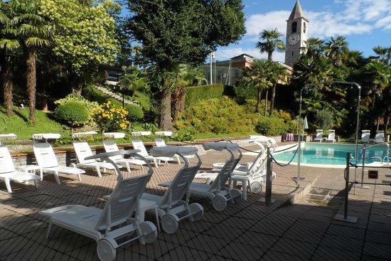 Hotel Beau Rivage : Piscina dell'albergo