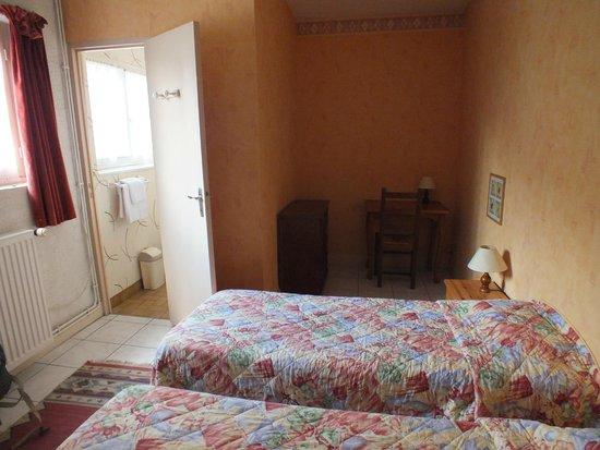 Hotel Le Saint Florent: chambre