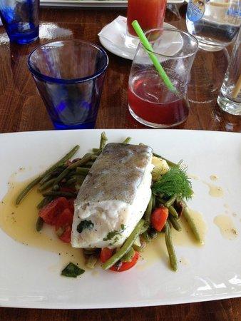 Restaurant Marina Grande: Second plat - poisson et ses petits légumes