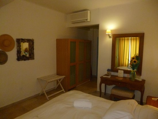 Another aspect of Room 115 at Vencia Hotel