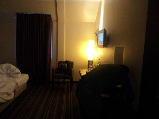 Leonardo Hotel Berlin : Quarto