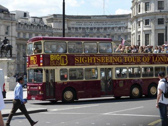 Big Bus Tours: Trafalgar Square. A Big Bus Tour.