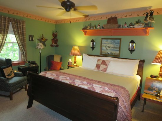 1825 Inn Bed and Breakfast : Mallard Room