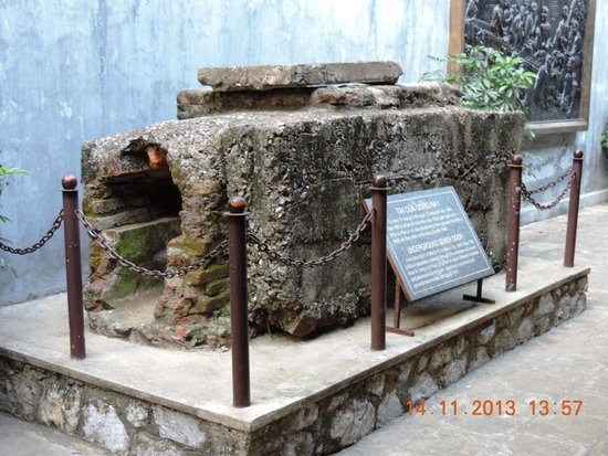 Hoa Lo Prison: Underground Sewer door through which prisoners escaped between March 11 to March 16, 1945