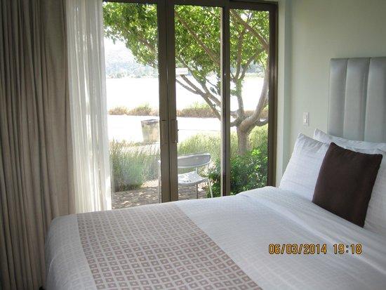 Acqua Hotel Mill Valley: Double Queen Room Floor Level- Nice View