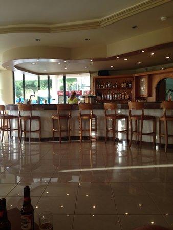 Zante Star: the lovely relaxing bar