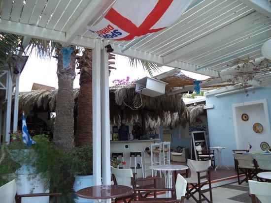 Meltemi Bar: Bar Restaurante