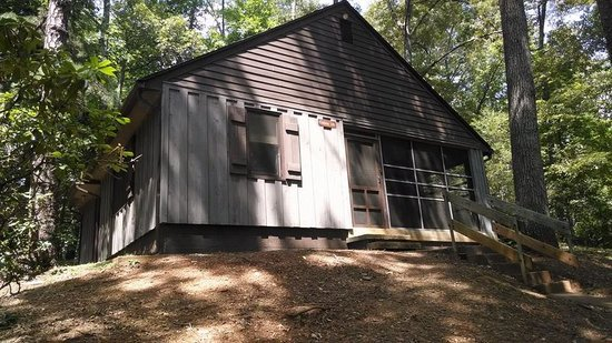 Fairy Stone State Park: Cabin 16