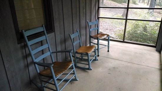 Fairy Stone State Park: Screened in porch