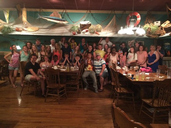 Preston's Family Seafood Restaurant: Our group, 36 teenagers, 7 adults...
