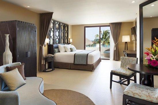 Azul Beach Resort Riviera Maya: Royal Suite