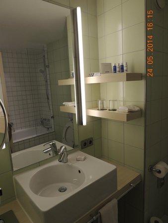 art'otel berlin kudamm: banheiro