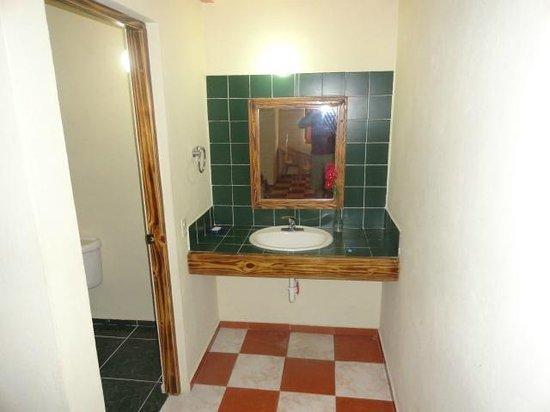 Altocerro Villas, Hotel & Camping: Bath
