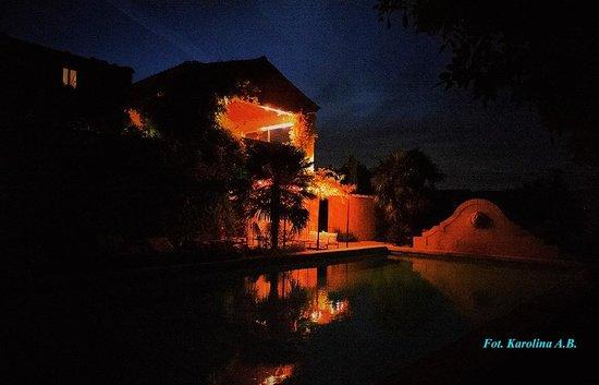 Le Mas Jorel by night