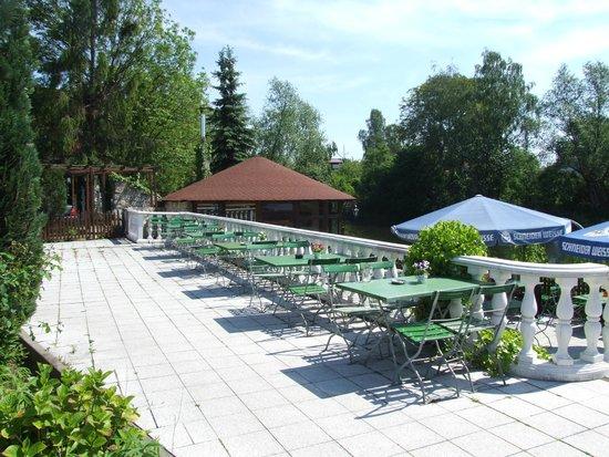 Unterterrasse bild von hechtsee terrassen h now for Bilder von terrassen