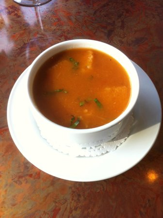 Horizons Restaurant: Tomato Basil and Garlic Soup