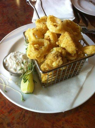 Horizons Restaurant: Curry Coated Calamari