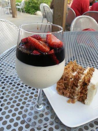 Prairie Berry Winery: Desserts