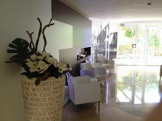 Hotel Villa Smeralda: Entrance area