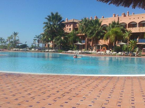 Pierre & Vacances Residenz Estepona: basseng