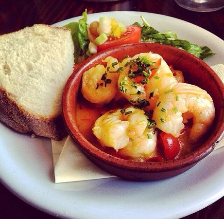 Olive Tree: Garlic chilli prawns