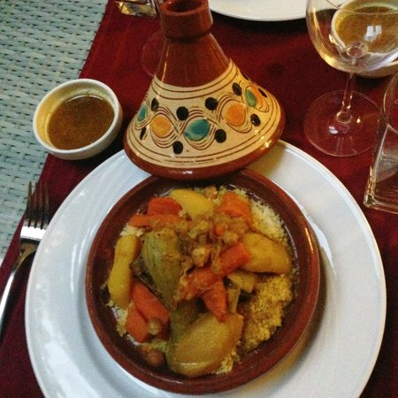 Riad Adarissa : Dinner at the riad