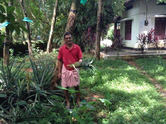 Yogalife Homestay: Solaman at home