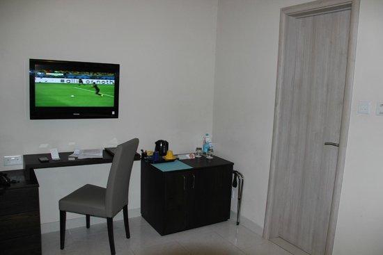Argento Hotel: télé et frigo