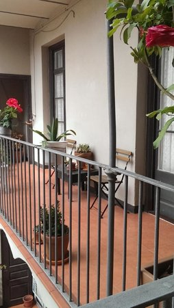 El Puchi Barcelona : Вид на внутренний двор