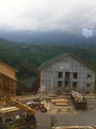 Westgate Smoky Mountain Resort & Spa: construction site outside building 3000