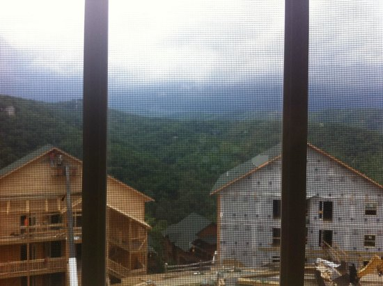 Westgate Smoky Mountain Resort & Spa: view from tiny window