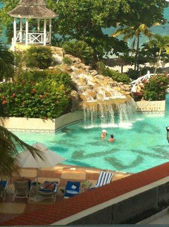 Jewel Dunn's River Beach Resort & Spa, Ocho Rios,Curio Collection by Hilton: View outside bedroom balcony Diamond room 3210